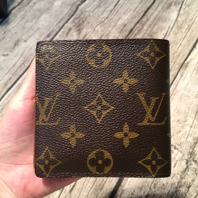 ce8011625d668 Authentic Lv short wallet Louis Vuitton wallet