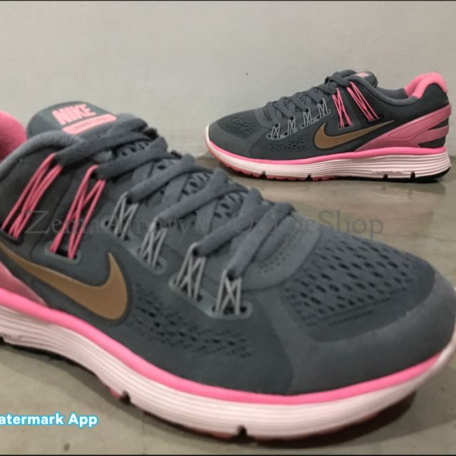 e0b328f7110ee Authentic Nike Lunar Eclipse 3 size 7 WOs