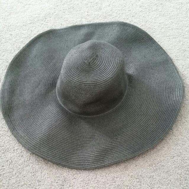 Black Wide Brimmed Hat