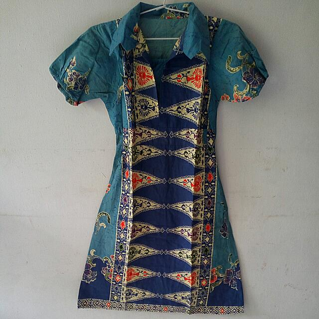 Blue Dress Batik