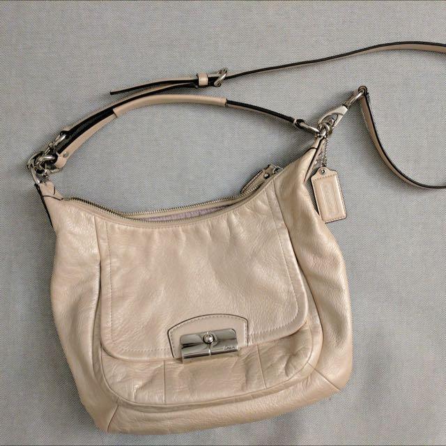(FIRM) COACH Pearl 2-way purse
