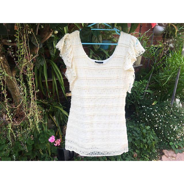 Cream Lacey Dress 🎉✨