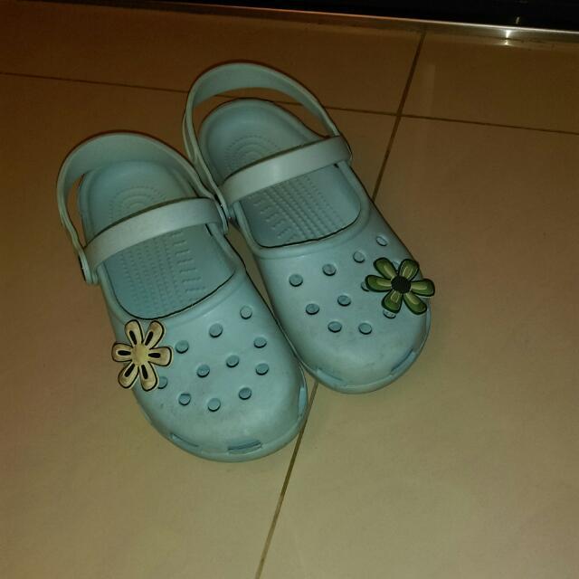 Crocs涼鞋