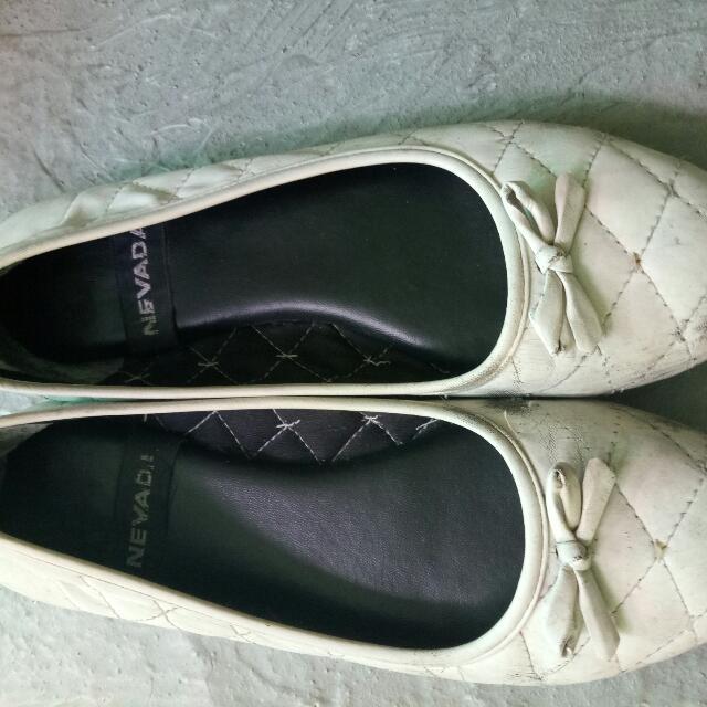 Dijual Murah Flat Shoes Nevada Bekas Harga Masih Boleh Nego