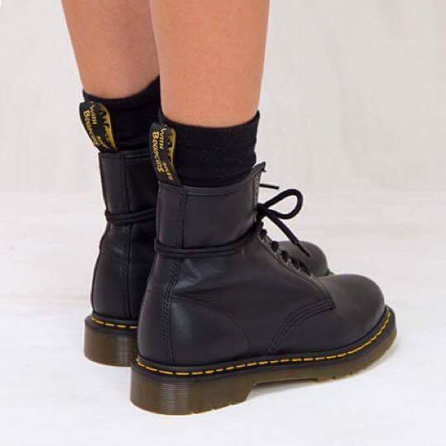 Dr Martens Boots Size 8 ~ No Swaps ~