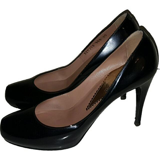 Emporio Armani Heels Size 39 Black Leather RRP $795 Made In Italy