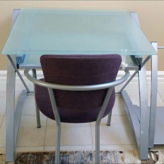 EQ3 Tempered Glass Top Desk