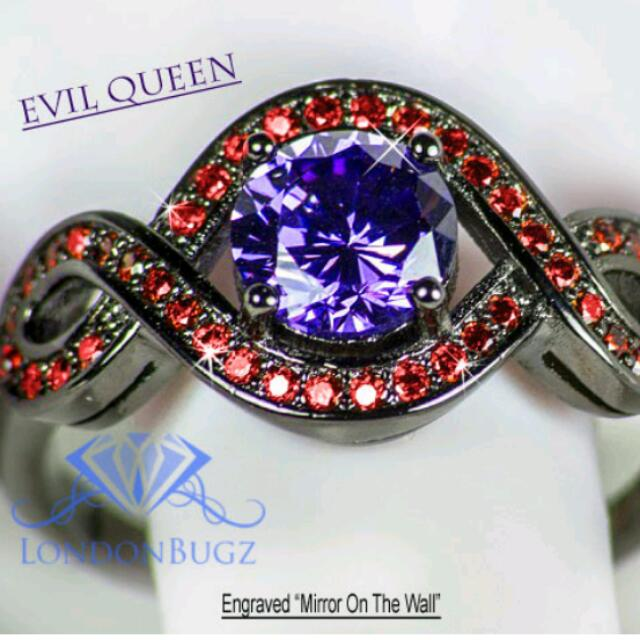 Evil Queen Mirror On The Wall Ring