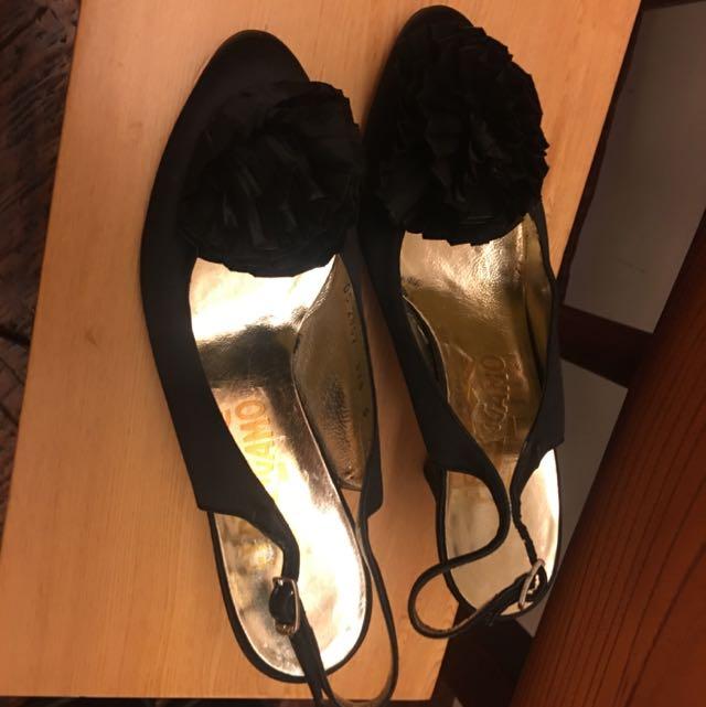 FERRAGAMO緞面高跟鞋