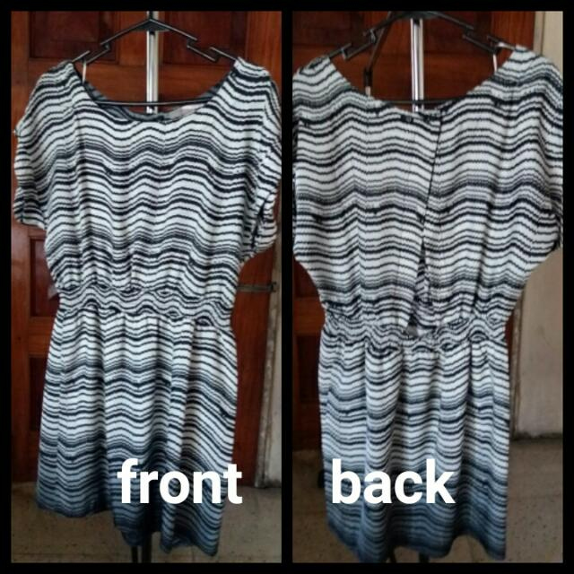 Forever21 Black & white Striped Dress