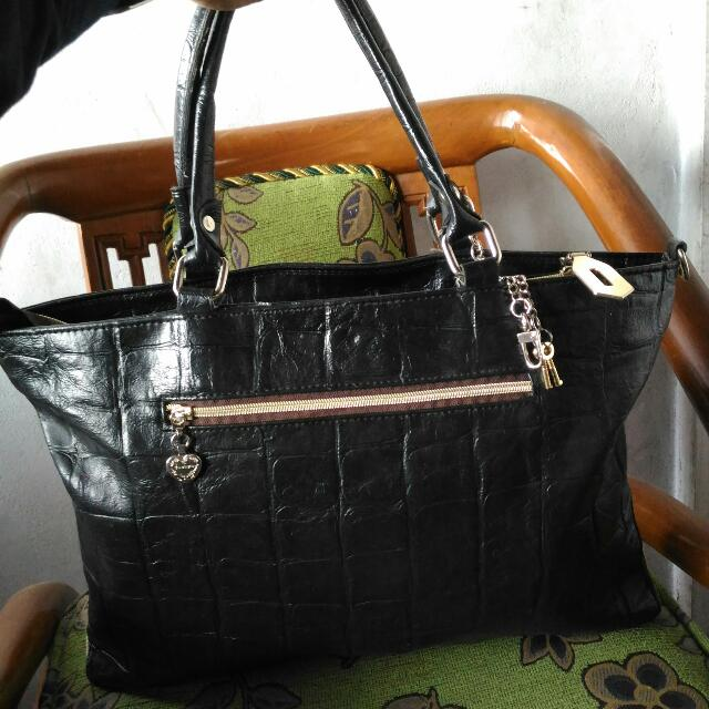 Handbags Croco Leather