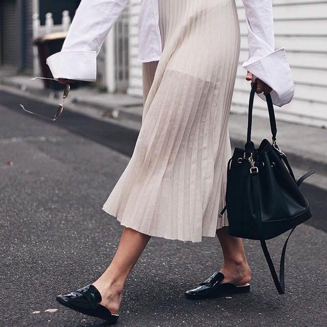 Interval Pleated Skirt