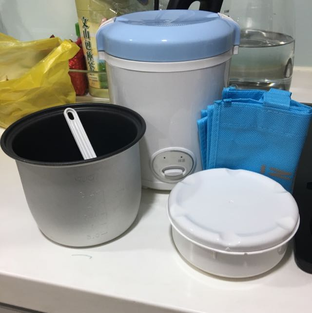Izumi 隨行電子鍋