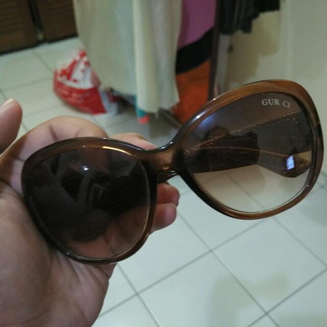 Kacamata Dior