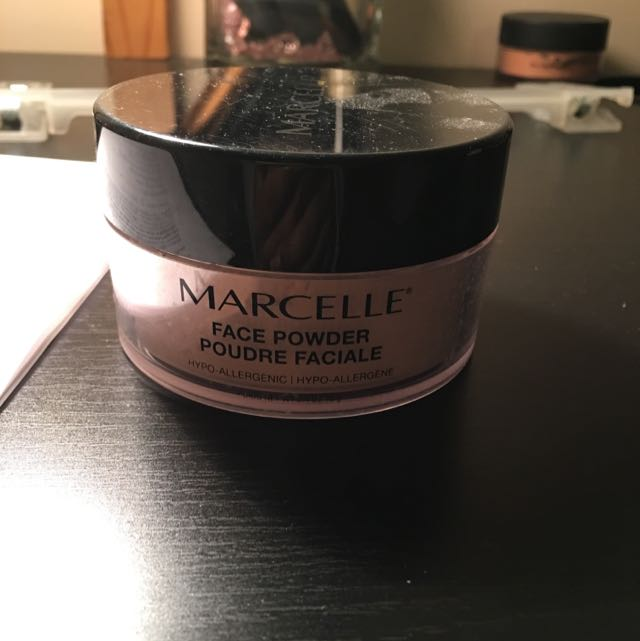 Marcelle Setting Powder