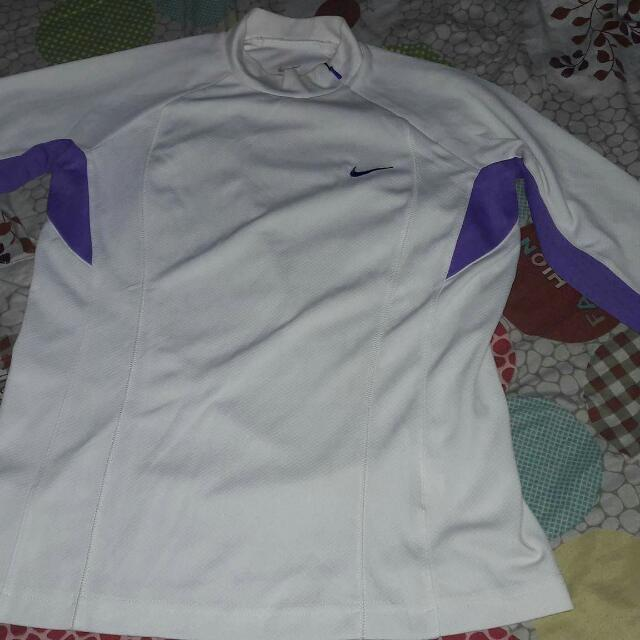Nike Sphere Dri Fit Medium