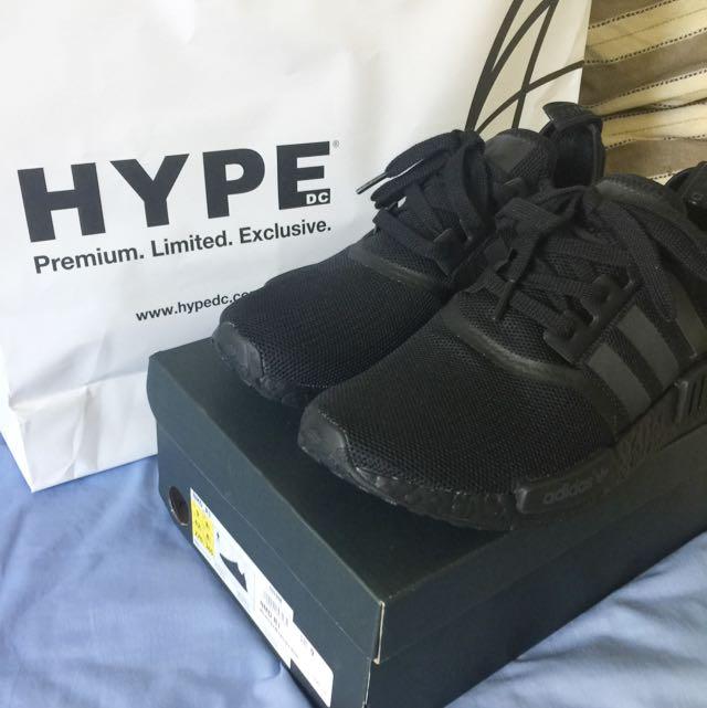 NMD Triple Black Size 9US