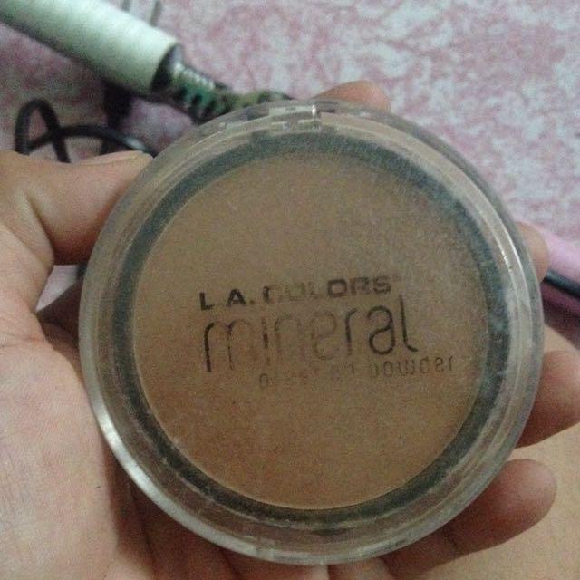 preloved l.a colors mineral pressed powder