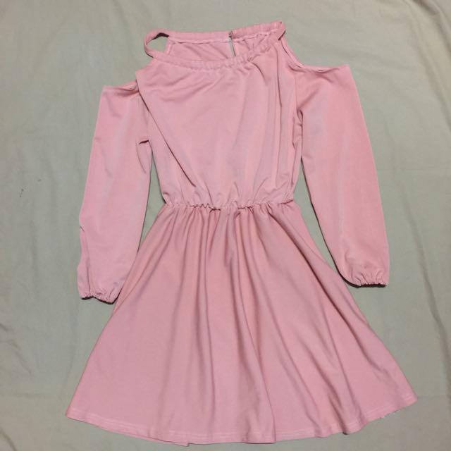 Preloved Off-shoulder cutout Dress