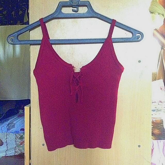 Red Knitted crop top sleeveless