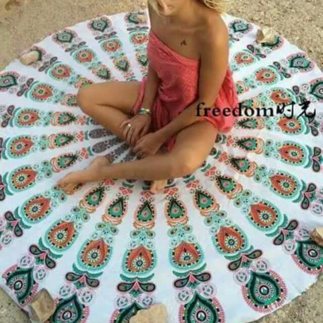 round beach towel