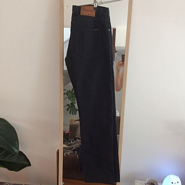 Size 31 Men's Dejour Straight Leg Jeans