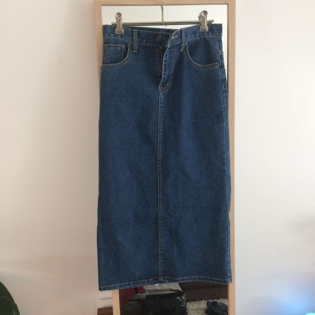 Size 8-10 Mid Length Jean Skirt
