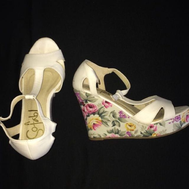 So fab! Floral Wedge