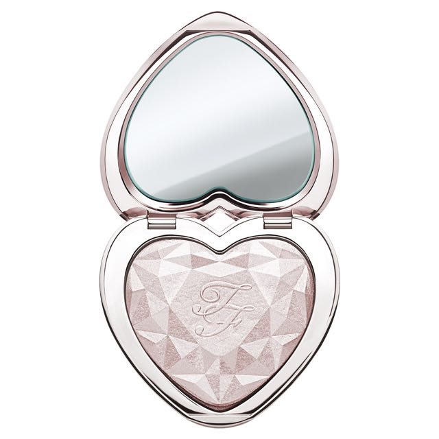 TOO FACED: LOVE LIGHT PRISMATIC HIGHLIGHTER