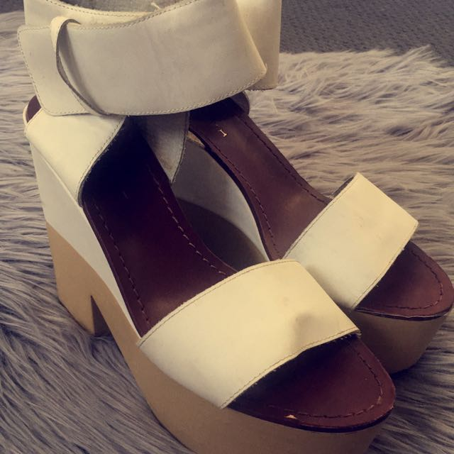 Windsor Smiths Heels