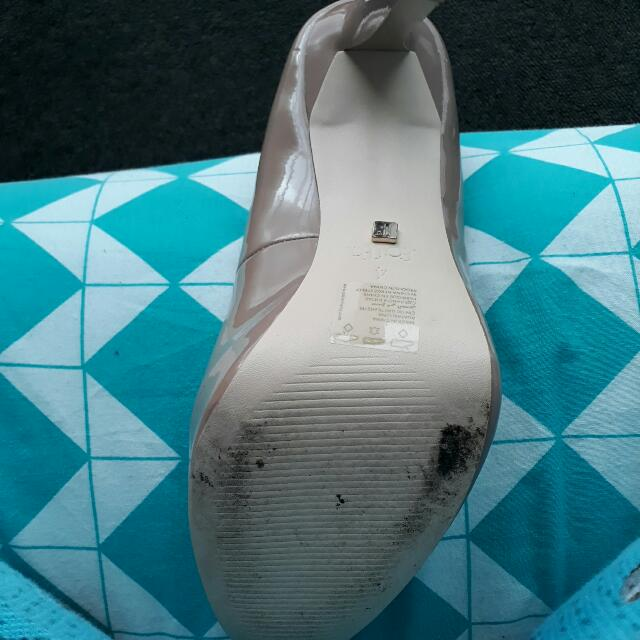 Worn Once Size Uk4