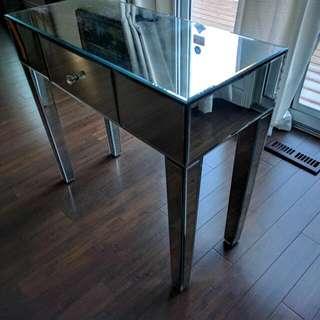 Luxury Mirrored Table