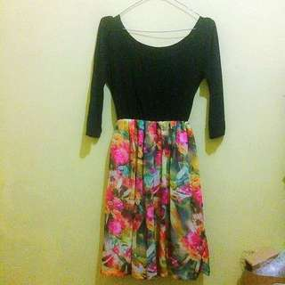 Dress Black Motif Bunga