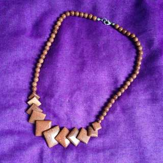 Bead Necklace Brown