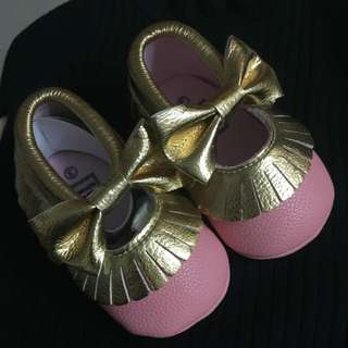 99% New, Pink Shoes With Gold Contrast (For 6-12m 12cm)