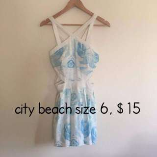 City Beach Dress, size 6