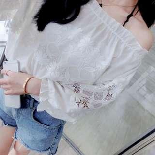 [全新] 日韓服飾 - 新款清新拼接蕾絲一字露肩上衣