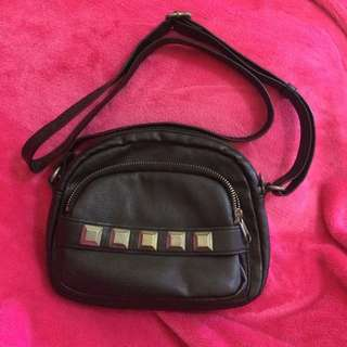 [Fixed Price. Selling Quick!!] H&M Sling Bag
