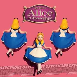 🚚 迪士尼 絕版 愛麗絲 拉裙子 公仔 鑰匙圈 吊飾 擺件 夢遊仙境 玩具 擺飾 瘋貓 妙妙貓