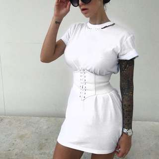 White Dress With Coreset