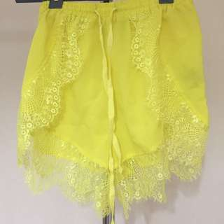Lace Trim Yellow Shorts