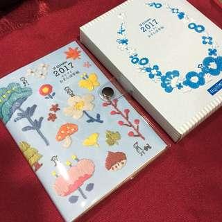 🚚 2017刺繡風筆記本