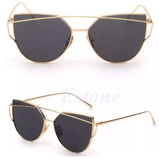 Black And Gold Metal Frame Sunglass