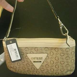 Guess pouch small