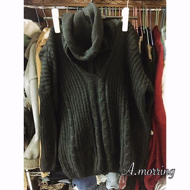 黑色針織連帽毛衣