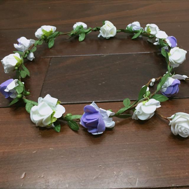 白紫簡單花圈