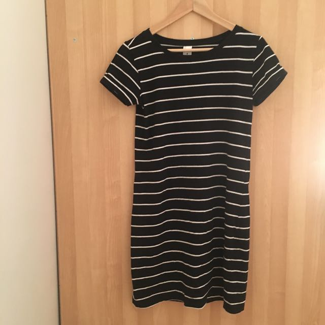 Black And White Tee Dress