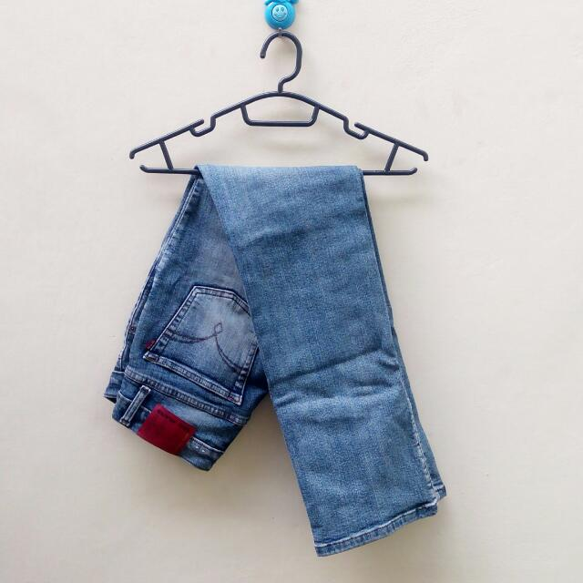 Celana Jeans AKO