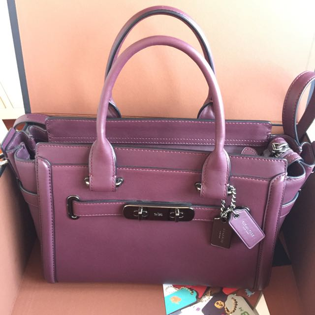1a1ec95965 Coach Swagger 27 In Glovetanned Leather