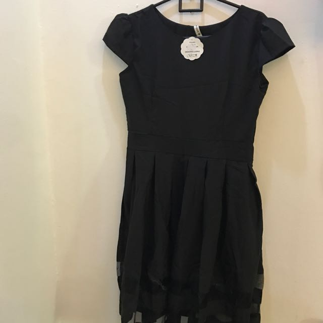Dress With Tag